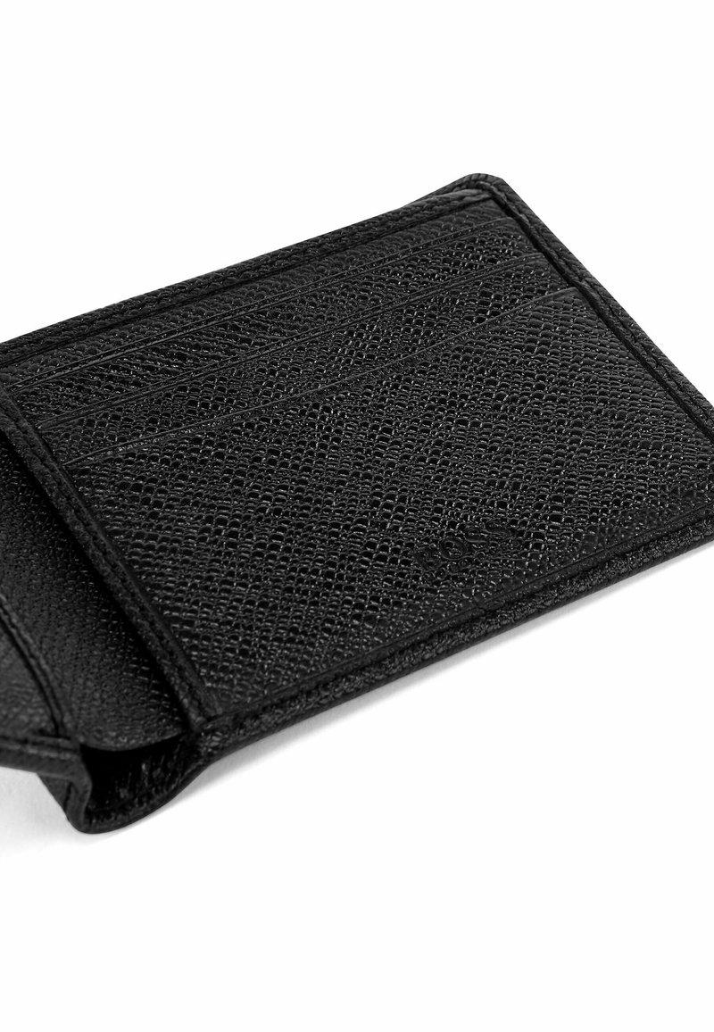 Plånbok på nätcasino 24682